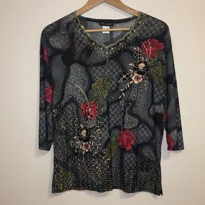 Tops - Woman's 3/4 sleeve shirt.